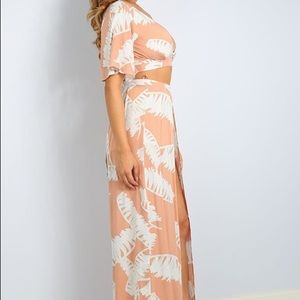 Solaris Style Dresses - NWT Palm Leaves Top and Maxi Skort Set